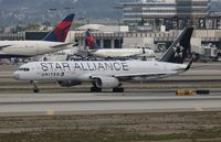 N14120 @ LAX - United Star Alliance