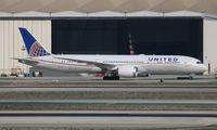 N35953 @ LAX - United