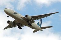 ZK-OKG @ EGLL - Boeing 777-219ER [29403] (Air New Zealand) Home~G 17/08/2009. On approach 27R.