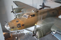 41-9032 - Now at the New Orleans american WWII museum - by olivier Cortot