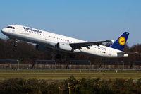 D-AIDM @ EDDH - Lufthansa (DLH/LH) - by CityAirportFan