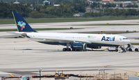 PR-AIZ @ FLL - Azul A330-200