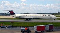 N947DL @ KATL - Taxi Atlanta - by Ronald Barker