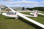 BGA2124 @ X5SB - Eiriavion Pik-20B at The Yorkshire Gliding Club, Sutton Bank, August 2007. - by Malcolm Clarke