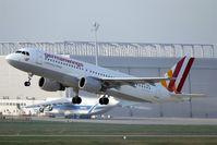 D-AIQL @ EDDP - Morning shuttle to STR is leaving rwy 08L.... - by Holger Zengler