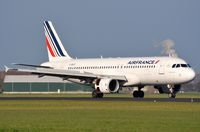 F-GKXT @ EHAM - Air France A320 arriving in AMS - by FerryPNL