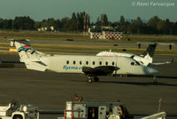 C-FCMB @ CYVR - Taxiing for departure - by Remi Farvacque
