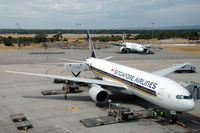 9V-SRQ @ YPPH - Boeing 777-212 of Singapore Airlines at Perth airport, Western Australia - by Van Propeller