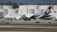 ZK-NZF @ LAX - Air New Zealand