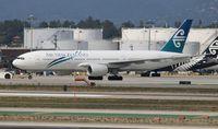 ZK-OKF @ LAX - Air New Zealand