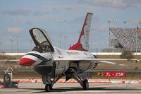 91-0413 @ DAB - Thunderbirds
