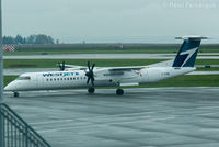 C-GVWE @ CYVR - Taxiing to domestic after landing. - by Remi Farvacque