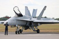163487 @ SUA - F-18C - by Florida Metal