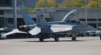165887 @ BKL - F-18F