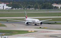 A6-EWH @ MCO - Emirates