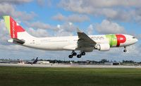 CS-TOG @ MIA - TAP Air Portugal
