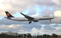 D-AIKR @ MIA - Lufthansa - by Florida Metal