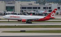 D-ALPC @ MIA - Air Berlin