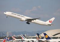 JA731J @ LAX - Japan Airlines
