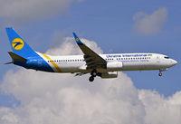 UR-PSN - B738 - Ukraine Int. Airlines