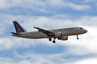 SU-PBE @ EGLL - Airbus A320-211 [0024] (Air Memphis) Home~G 24/06/2006. On approach 27L