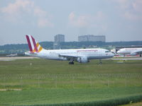 D-AKNF @ EDDS - GermanWings Airbus A319 - by Christian Maurer