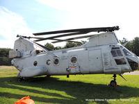 152578 - Boeing Vertol CH-46 Sea Knigh - by Tavoohio