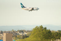 C-GWSB @ CYVR - West approach to south runway - by Remi Farvacque