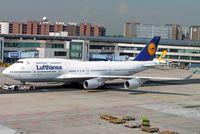 D-ABVY @ EDDF - Boeing 747-430 [29869] (Lufthansa) Frankfurt~D 08/09/2005 - by Ray Barber