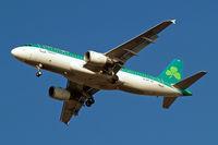 EI-DVF @ EGLL - Airbus A320-214 [3136] (Aer Lingus) Home~G 31/01/2011. On approach 27R