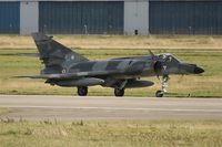 31 @ LFRJ - Dassault Super Etendard M, Taxiing after landing rwy 26, Landivisiau Naval Air Base (LFRJ) - by Yves-Q