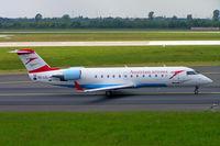 OE-LCL @ EDDL - Canadair CRJ-200LR [7167] (Austrian Arrows) Dusseldorf~D 18/05/2006 - by Ray Barber