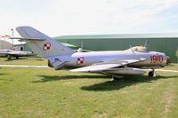 1910 @ LFLQ - PZL-Mielec Lim-5 (MiG-17F), Musée Européen de l'Aviation de Chasse, Montélimar-Ancône airfield (LFLQ) - by Yves-Q