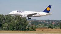D-AIBB @ LHBP - Budapest Airport, Hungary - Landing - by Attila Groszvald-Groszi