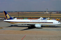 9V-SVF @ FAJS - Boeing 777-212ER [30871] (Singapore Airlines) Johannesburg Int'l~ZS 21/09/2006 - by Ray Barber