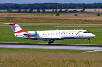 OE-LCO @ LOWW - Canadair CRJ-200LR [7371] (Austrian Arrows) Vienna-Schwechat~OE 13/07/2009 - by Ray Barber