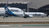 N247AK @ LAX - Alaska 737-900