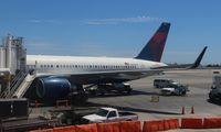N536US @ LAX - Delta