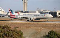 N585UW @ LAX - American