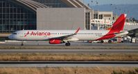 N692AV @ LAX - Avianca