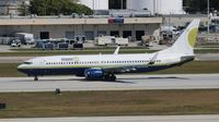 N738MA @ FLL - Midway