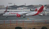 N781AV @ LAX - Avianca 787-8