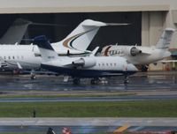 N810D @ FLL - Canadair CL601