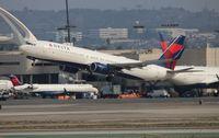 N819DN @ LAX - Delta