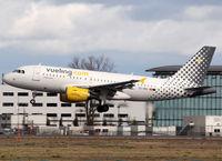 EC-MIQ @ LFBO - Landing rwy 32R - by Shunn311