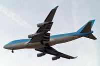 HL7438 @ EGLL - Boeing 747-4B5ERF [33515] (Korean Air Cargo) Home~G 05/06/2010. On approach 27R.