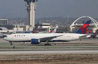 N710DN @ KLAX - Boeing 777-200LR