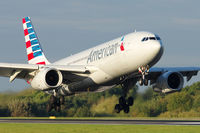 N292AY @ EGCC - AA734 from Philadelphia landing 05R - by Milan