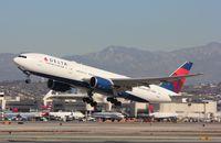 N867DA @ KLAX - Boeing 777-200