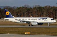 D-AIUH @ EDDF - Airbus A320-214 - by Jerzy Maciaszek